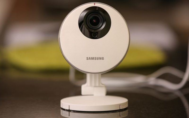 6 Convincing Reasons to Buy a Network Camera