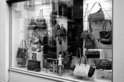 Best Tips to Create Winning Shop Window Displays