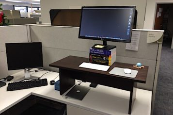 Sit To Stand Adjustable Workstation For Adding Comfort To Your Work